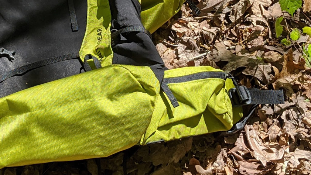 Lap belt pocket Granite Gear Crown2